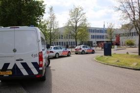 Gevangenis in Grave al twee dagen afgesloten van de buitenwereld vanwege zoekactie naar smokkelwaar