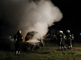 Opnieuw auto door brand verwoest in Grave